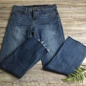 BANANA REPUBLIC Girlfriend jeans raw hem 32 sz 14
